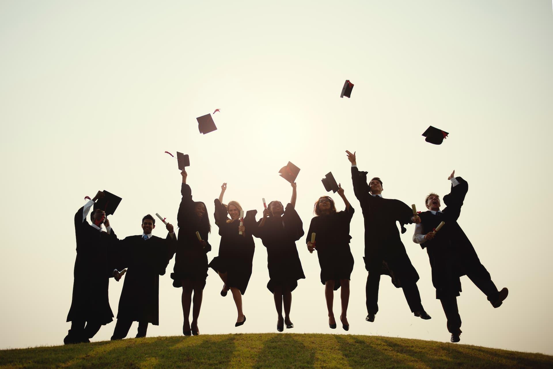 gatherings-on-the-green-graduation
